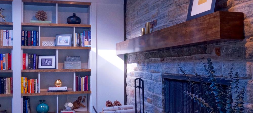 family_room_reclaimed_wood_-999x450.jpg
